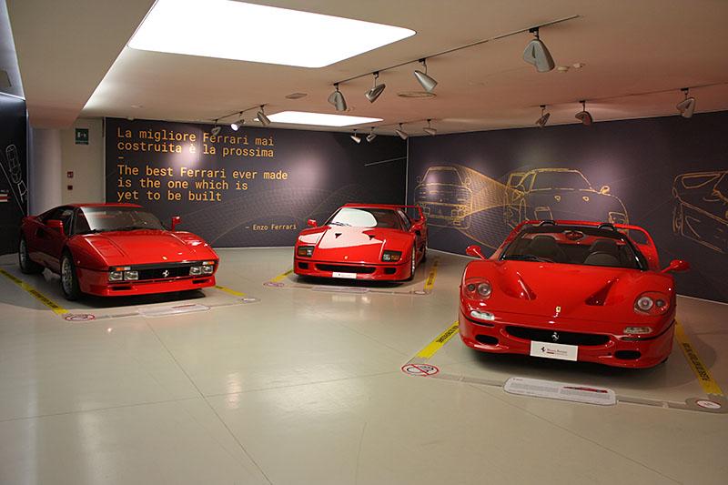 Ferrari-288GTO-F40-F50-Museo.jpg