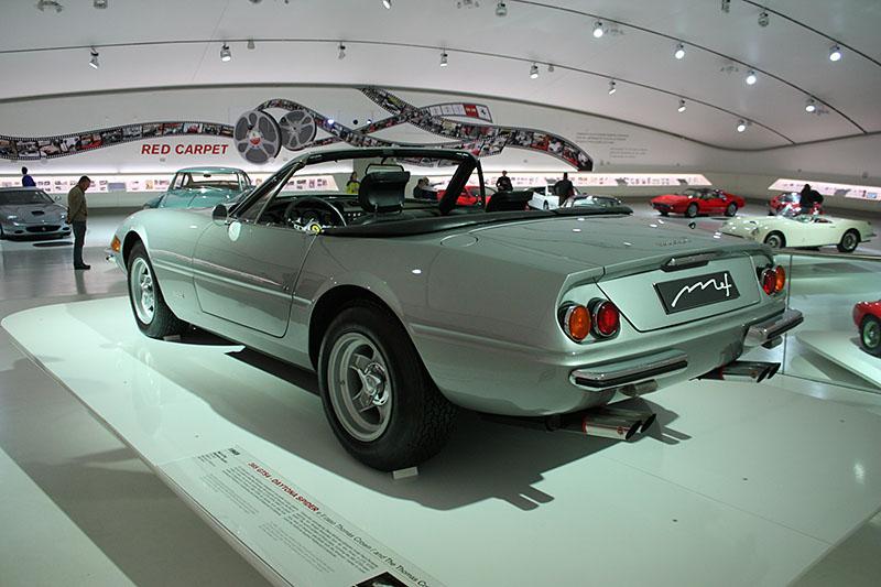 MEF-Ferrari-Daytona-Spider.jpg