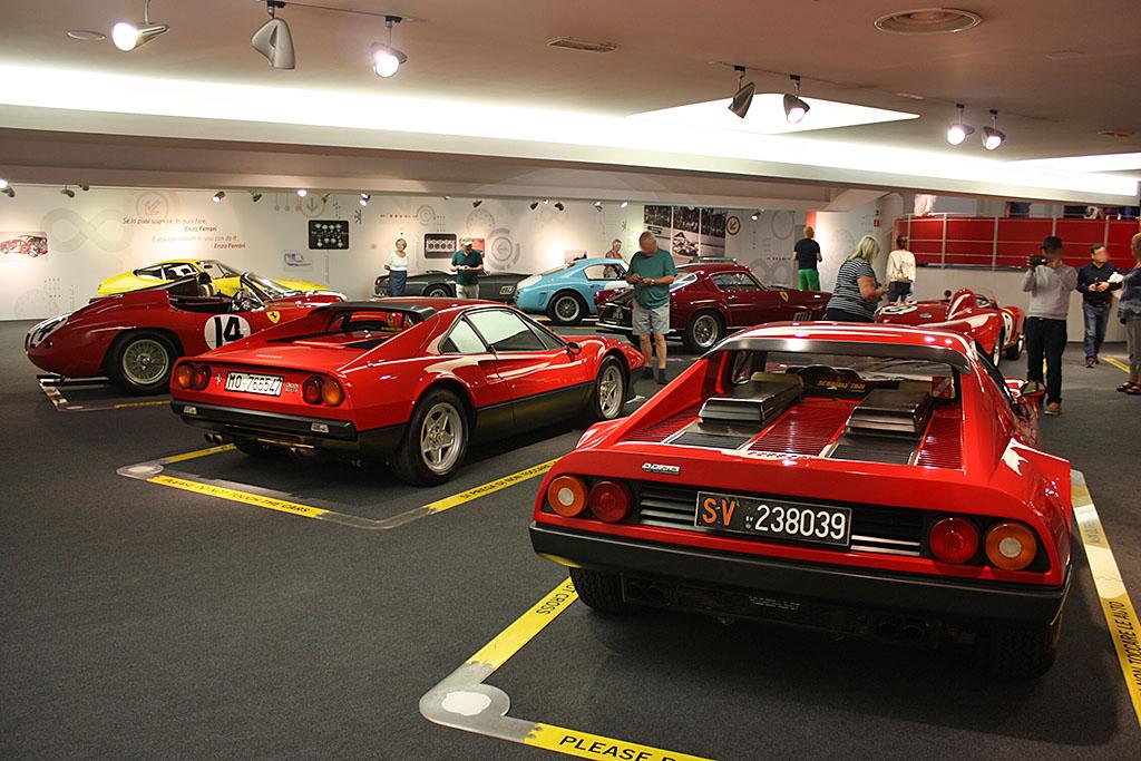 Ferrari-BB512-Museo-Back.jpg