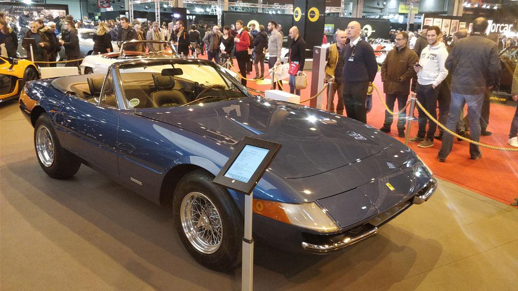 Ferrari-Daytona-Spider-Blue.jpg