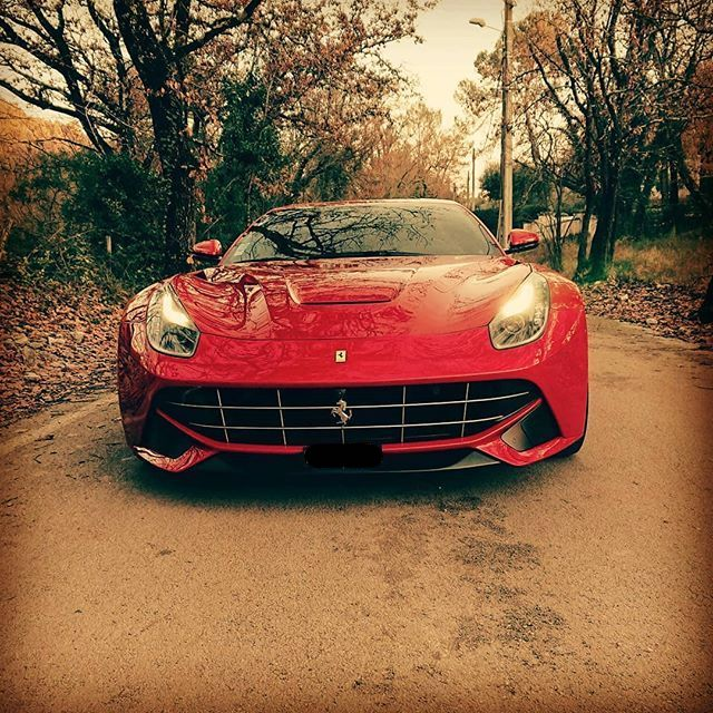 Ferrari-F12-Berlinetta-Front.jpg