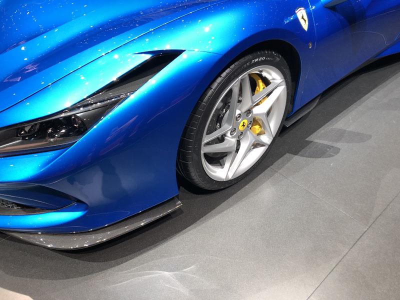 Ferrari-F8-Carbon-Fiber.jpg