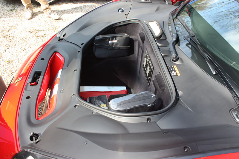 Ferrari-488-Pista-Coffre.jpg
