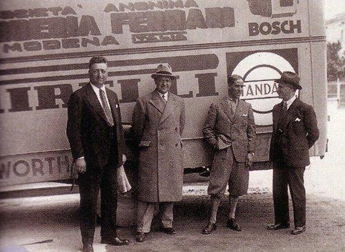 1933-Enzo_Nuvolari.jpg.3b45ec8be2e6f87b62da04bd611204e6.jpg