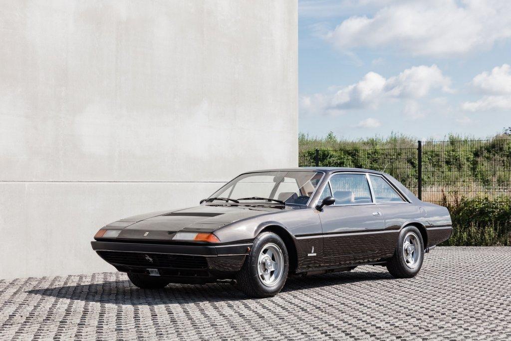 Ferrari 365 GT4 2+2 (1).jpg