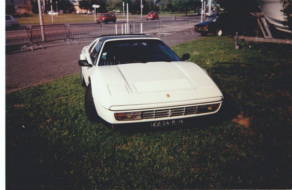 328 GTS 1988 copie.jpg