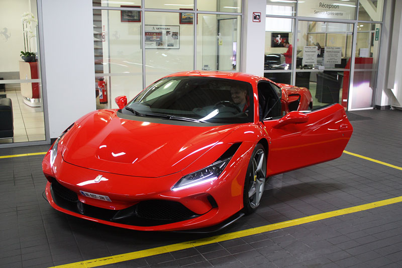 Ferrari-F8-Tributo-Front34.jpg